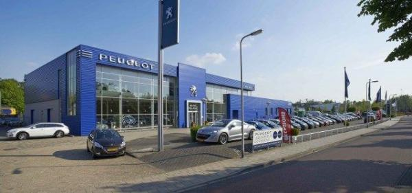 Auto Palace Zwolle-Willemsvaart